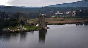 Catoira y su torre del Oeste