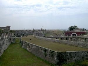 Vista de Castillo de San Carlos de la Cabaña