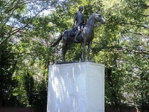 Estatua de Bernardo de Galvez