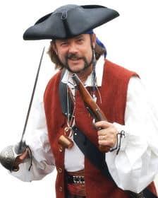 Pirata con sombrero armado