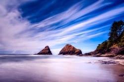 Paisaje de Estado de Oregon, islotes en la costa