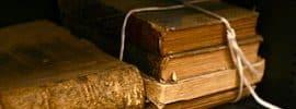 Fajo de Libros antiguos, Gramatica