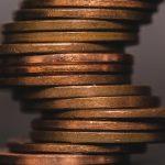 montón de monedas de oro