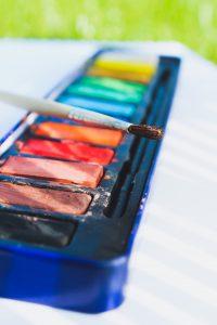 Caja de pinturas maquillaje