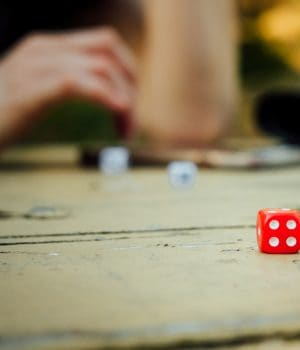 Juego de mesa, los dados